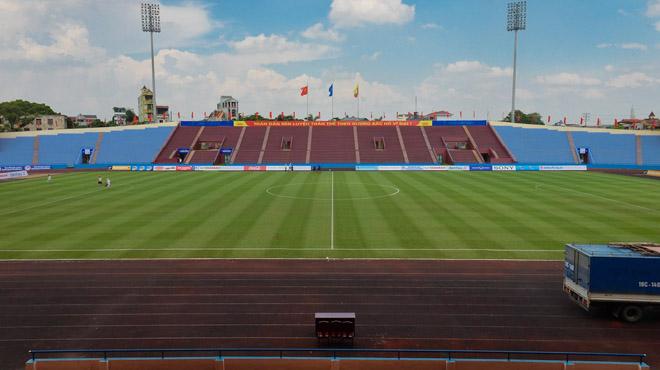 Mặt cỏ sân bóng tỉnh Phú Thọ đẹp như sân Mỹ Đình