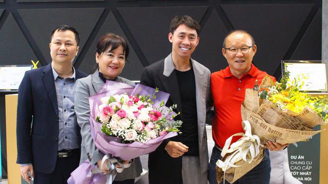 HLV Park Hang-seo mua nhà riêng