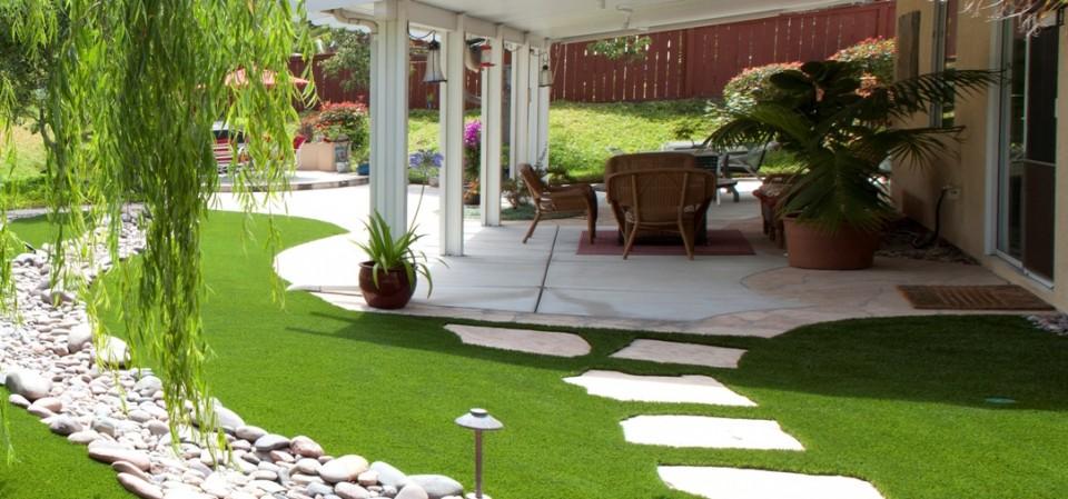 Cỏ nhân tạo sân vườn ứng dụng trong thiết kế phong thủy sân vườn 2