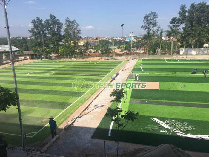 Sân bóng THCS Nguyễn Bỉnh Khiêm - Hạ Long 3