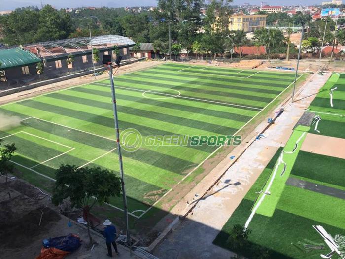 sân bóng đá 7 người trường THCS Nguyễn Bỉnh Khiêm